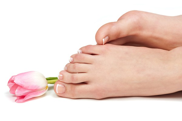 Do Your Toenails Appear Yellow Brittle Or Ugly